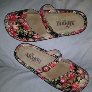 Alegria Sandals Tuscany Red Floral